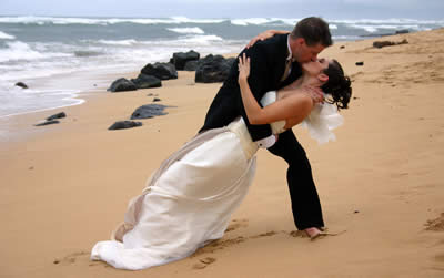 weddings on the beach at Mona Vale Sydney